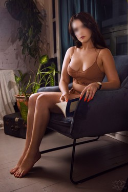 Outcall Only in East Bay SF and San Jose Incall Mind blowing GFE with a brunette university babe from Canada